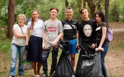 Субботники по уборке территории прошли в Сормовских храмах